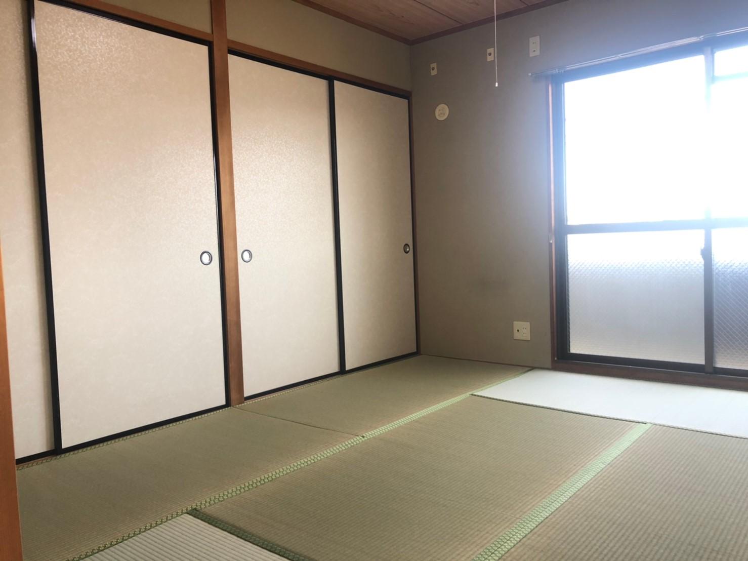 ★収納スペースたっぷりの和室★(内装)